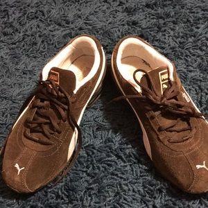 Puma brown women's sneakers
